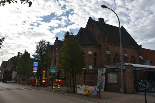 Zonnebeke Passendale 4e Regiment Karabiniersstraat 9