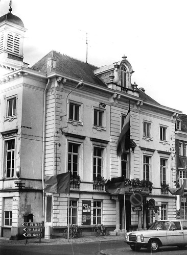 Zottegem Markt 1 stadhuis 2