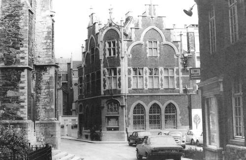 Halle Grote Markt Kardinaal Cardijnstraat 9