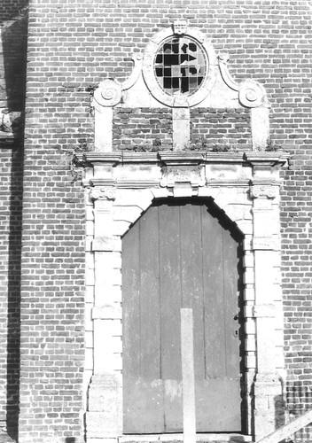 Linter Oude Kerkstraat zonder nummer kerk