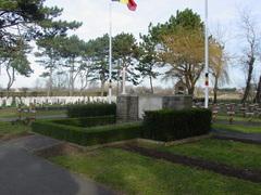 Ereperken en graven Eerste en Tweede Wereldoorlog