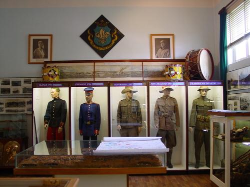 Mesen Markt 1 Mesen: Museum: uniformen