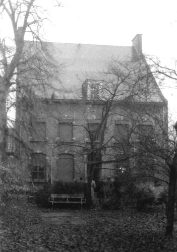 Kapelle-op-den-Bos Gemeenteplein 3