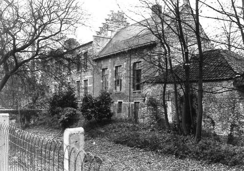 Kapelle-op-den-Bos Kerkstraat 24