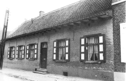 Lennik Alfred Algoetstraat 31
