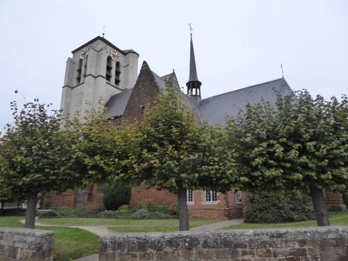 Rotselaar Kerkstraat zonder nummer Parochiekerk Sint-Martinus met kerkhof
