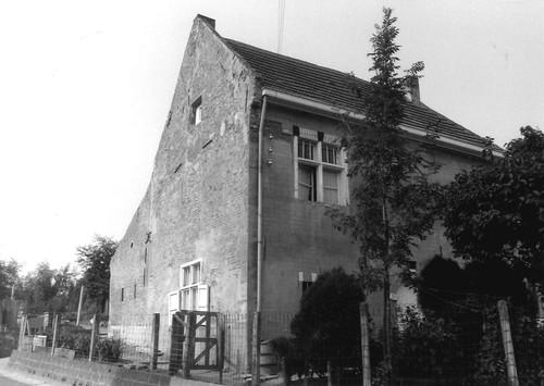 Roosdaal Kerkhofstraat 1