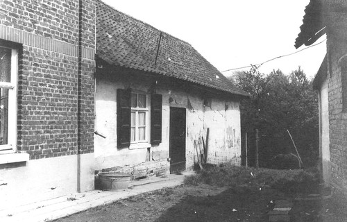 Roosdaal Koning Albertstraat  zonder nummer dienstgebouw
