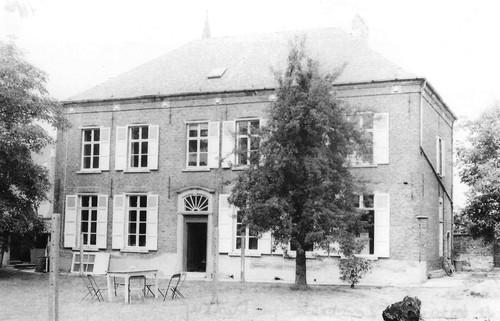 Ternat Kapelleveld 8