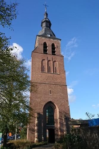 Malle Antwerpsesteenweg zonder nummer Sint-Laurentiuskerk westzijde