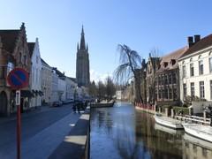 Dijver, Arentshuis, Gruuthuse en Onze-Lieve-Vrouwekerk met omgeving