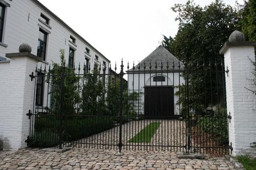 Tienen Vissenakenstraat 504 noordgevel koetshuis