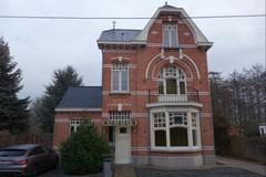 Burgerhuis met schrijnwerkerij