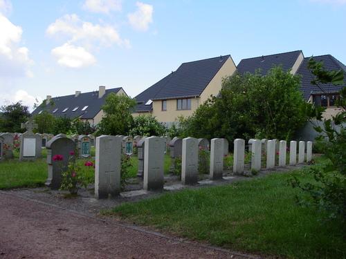 Adinkerke: Churchyard Extension: 1
