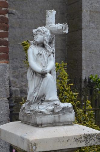 Outrijve Sint-Pieterskerkhof (8)