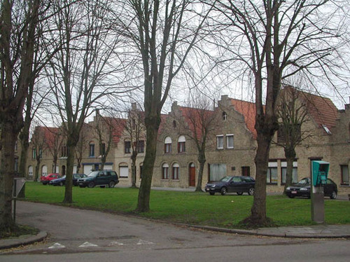 Diksmuide Oostkerke Sint-Veerleplein 1-9