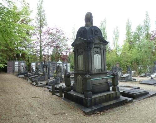 Alsemberg Kleertstraat 51-55 begraafplaats Vorst (24)