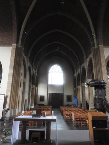 Beersel Herman Teirlinckplein znr Sint-Lambertuskerk (21)