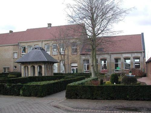 Diksmuide Pervijze Nieuwpoortstraat 2 klooster