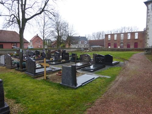 Zegelsem Sint-Ursmaruskerkhof (3)