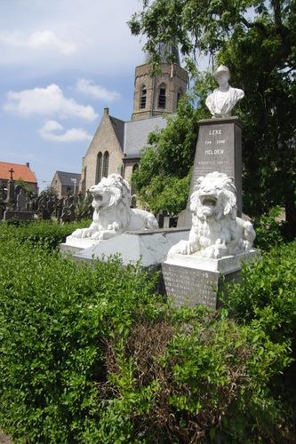 Diksmuide Leke Kerkomgangstraat zonder nummer KH oorlogsgedenkteken1