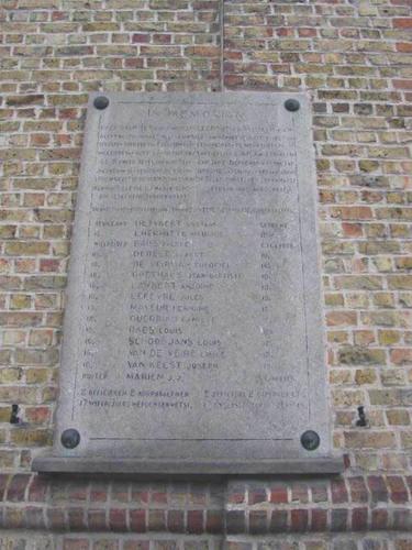 Diksmuide Woumenweg zonder nummer gedenkplaat