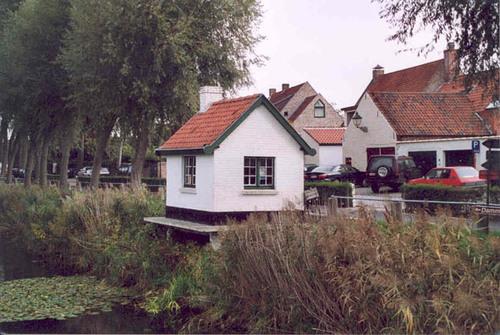 Damme Damse Vaart-Zuid zonder nummer brugwachtershuisje