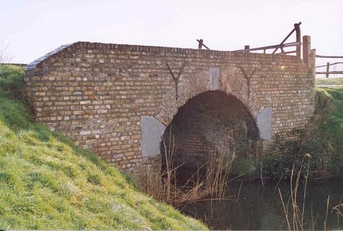 Damme Roden-Ossestraat zonder nummer brug over hoekevaart
