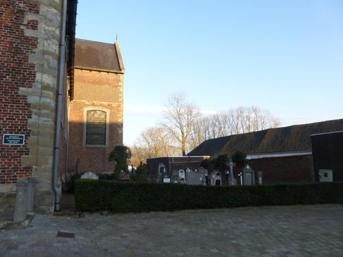 Idegem Sint-Pietersbandenkerkhof (2)