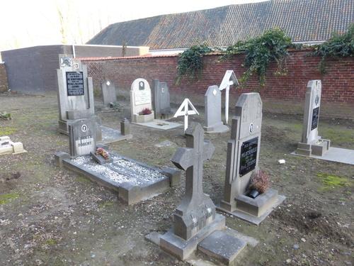 Idegem Sint-Pietersbandenkerkhof (8)