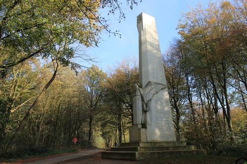 Kemmel Kemmelberg znr Frans militair kerkhof 2014111104