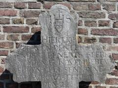 Maasmechelen Boorsem KH grafkruis Hendrik Lenerts (2) (https://id.erfgoed.net/afbeeldingen/310273)
