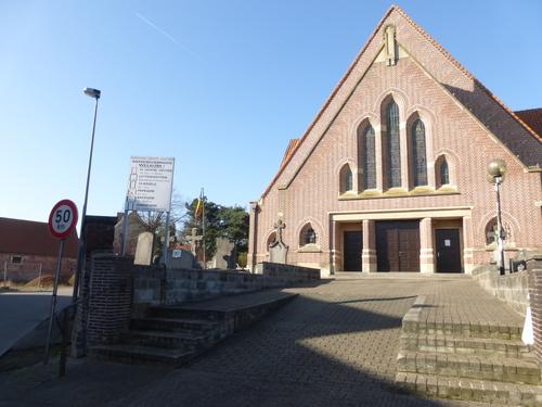 Letterhoutem Heilige Kruisverheffingskerk (2)
