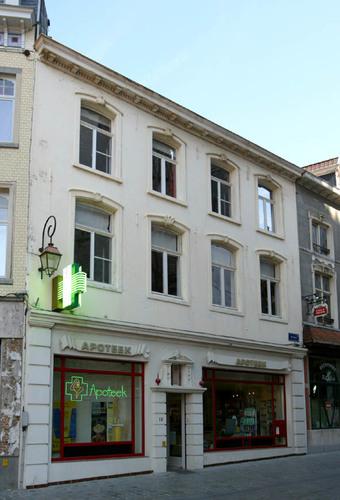 Halle Grote Markt 19