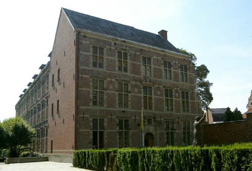 Halle Kardinaal Cardijnstraat 7