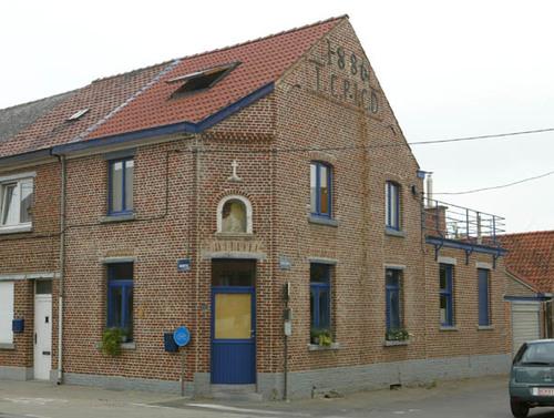 Halle Ninoofsesteenweg 648