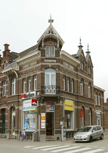 Halle Vandenpeereboomstraat 58