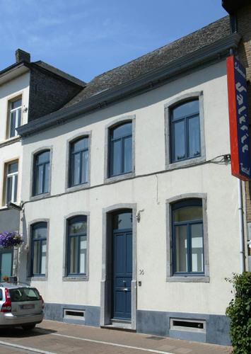 Halle Volpestraat 36