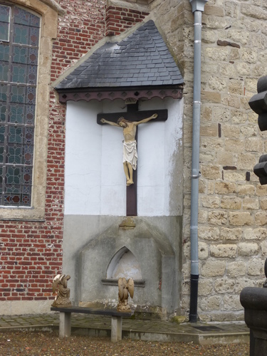 Sint-Maria-Oudenhove OLVtenhemelopnemingskerkhof (5)