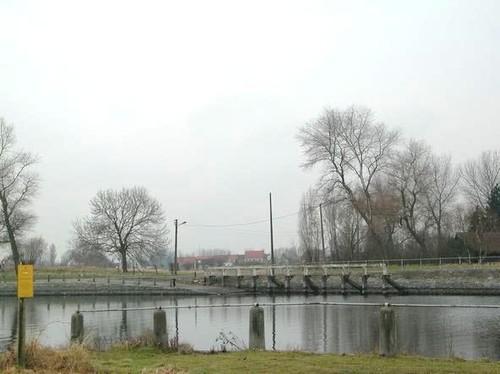Brugge Onze-Lieve-Vrouweader zonder nummer overzet