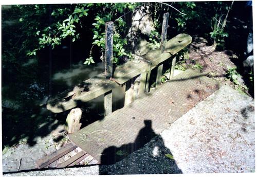 Voormalige watermolen met vijvers bij de stenen windmolen