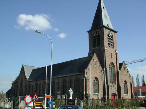 Houthulst Mgr. Schotteplein z.onder nummer kerk