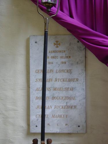 Izenberge: Kerk: Gedenkplaten 1