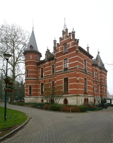 Jan van Ruusbroeckpark Gemeentehuis
