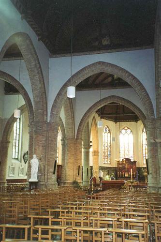 Houthulst Westbroekstraat 3 Interieur van de kerk