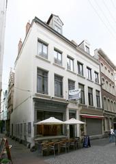 Sint-Beernaert en Granaetappel