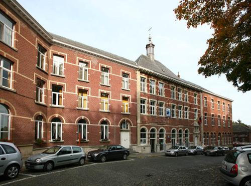 Scherpenheuvel-Zichem Isabellaplein 15-15A-B