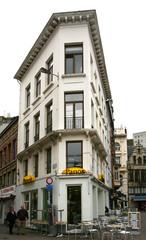 Neoclassicistisch winkelhuis