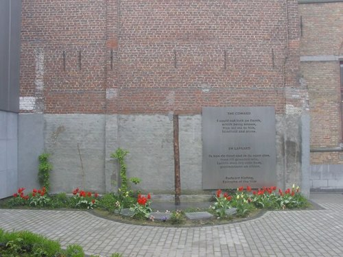Poperinge: Stadhuis: Site executiepaal en dodencellen: Executiepaal
