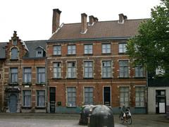 Antwerpen Ossenmarkt 5 (https://id.erfgoed.net/afbeeldingen/35071)